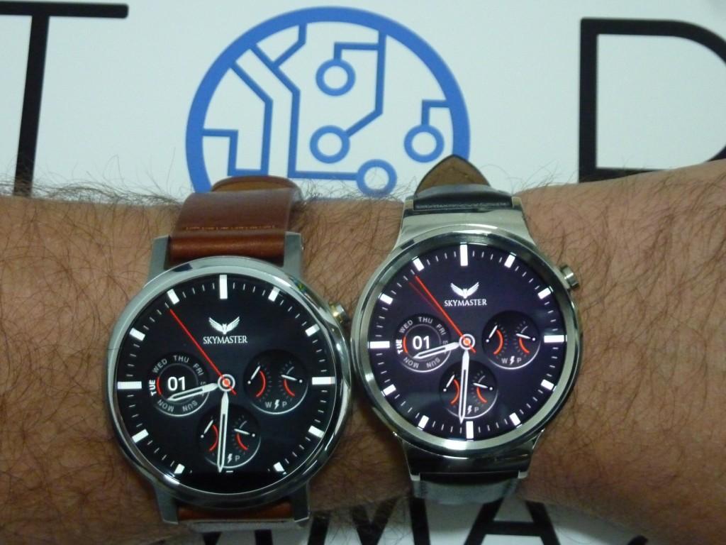 Motorola-Moto-360-2015-vs-Huawei-Watch
